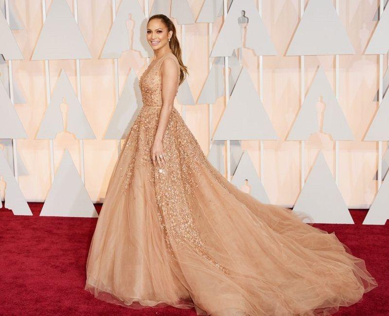 At Kuyruğu Modelleri Jennifer Lopez