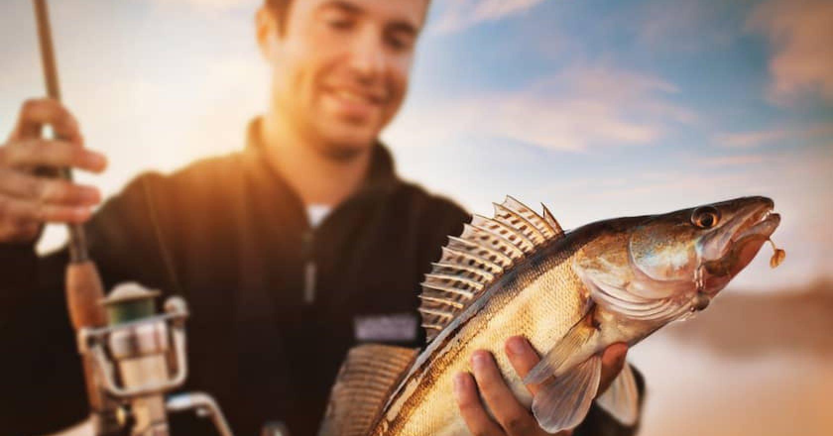 Платная рыбалка в подарок