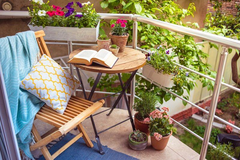 Balkon Dekorasyonu Balkon Çiçekleri
