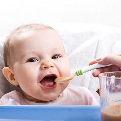 Bebek Yemekleri Bebek Muhallebisi