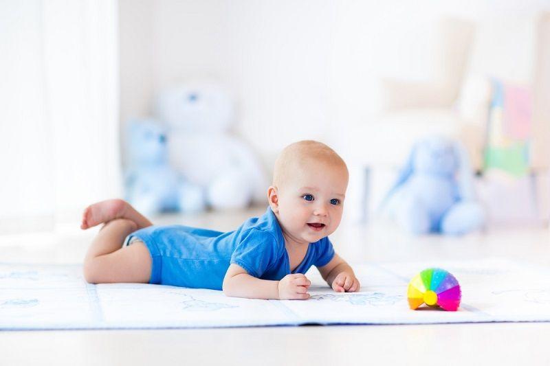 Bebekler Ne Zaman Emekler Emekleme Oyuncakları