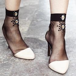 Çorap Kombinleri Topuklu Ayakkabı
