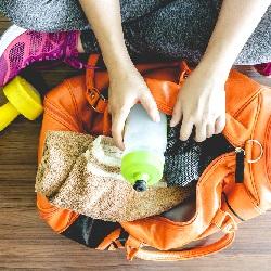Egzersiz Kıyafetleri Çanta