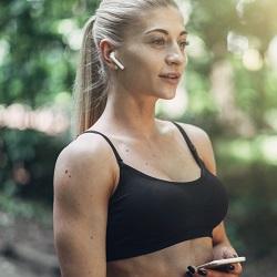 Egzersiz Kıyafetleri Kulaklık