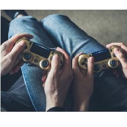 Erkek Sevgiliye Evde Yapılabilecek Hediyeler Oyun