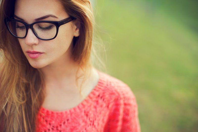Gözlük Kullanmak Göz Makyajı