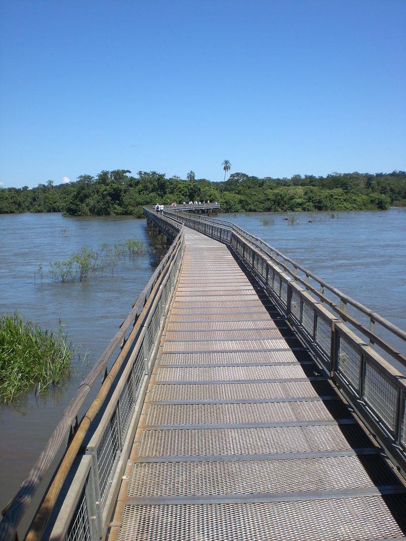 İguazu Şelaleleri Yürüyüş Yolları