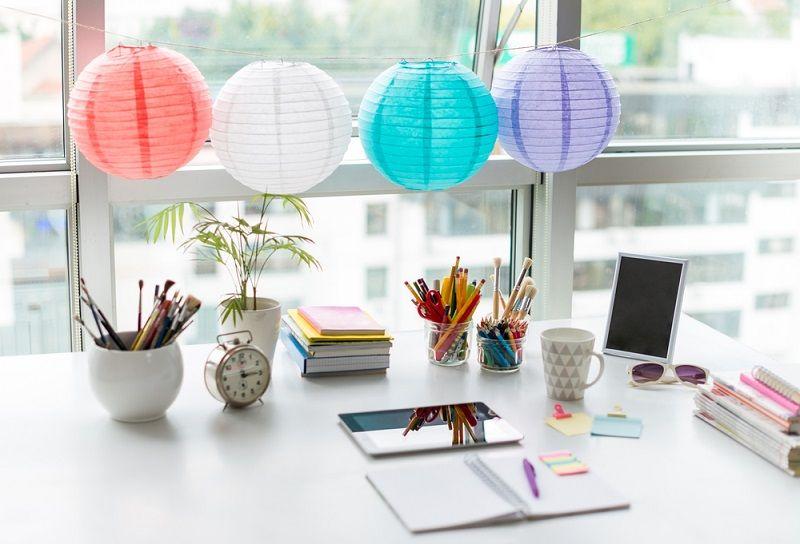 Ofis Dekorasyonu Çalışma Masası