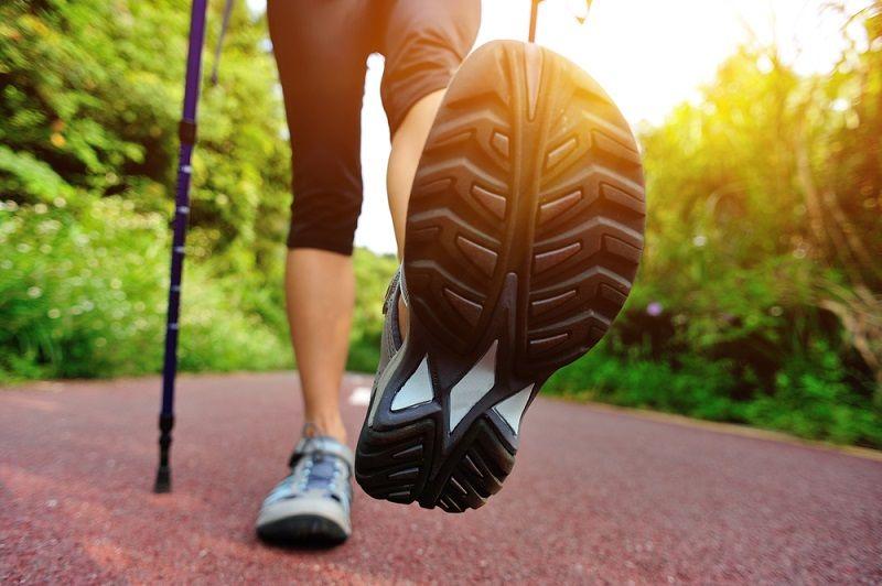 Sağlıklı Yürüyüş Ayakkabısı Nasıl Olmalı?