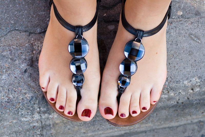 Sandalet Modelleri Parmak Arası