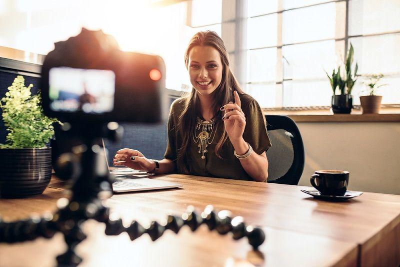 Vlogger Kamerası Stant