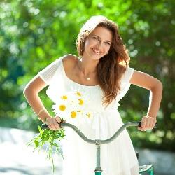 Yazlık Elbise Modelleri Beyaz Elbise