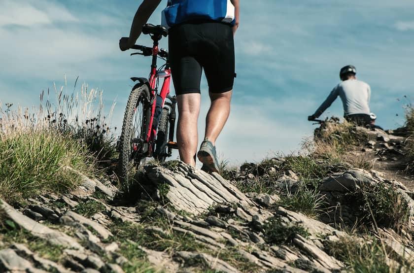 Bisiklete Binin