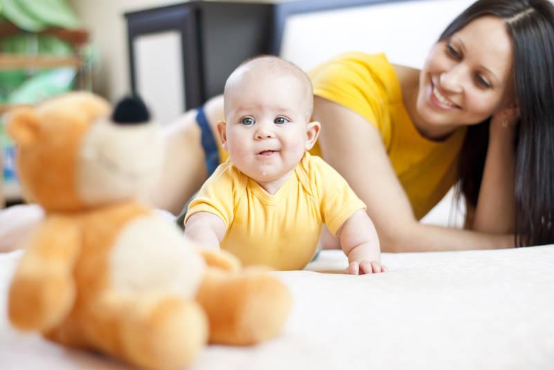 Anne ve Bebek Oyunu
