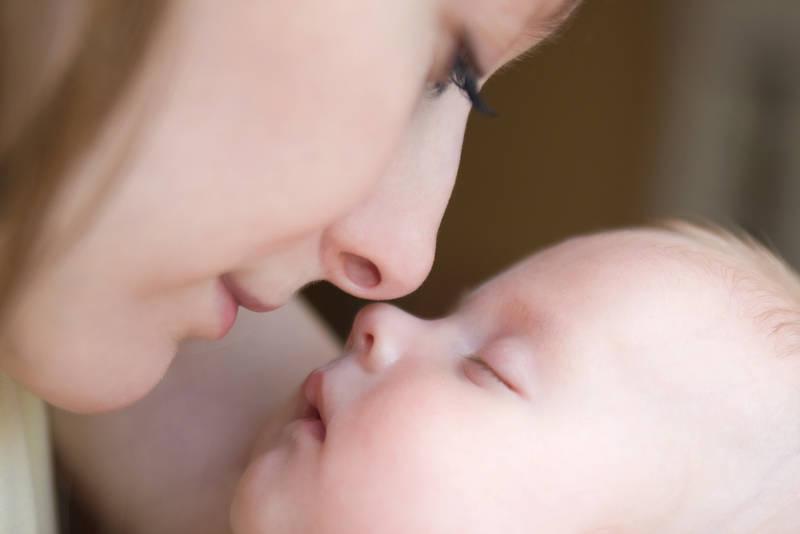 Anne Bebek Arasında Bağ Kurma