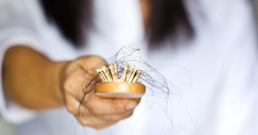 Saç Dökülmesi ve Nedenleri
