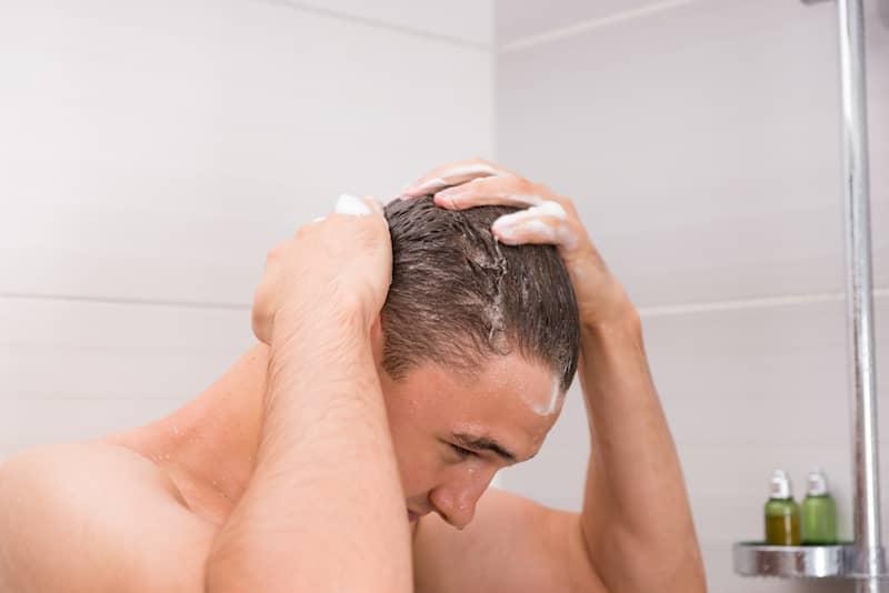 Banyo Sonrası Saç Bakımı