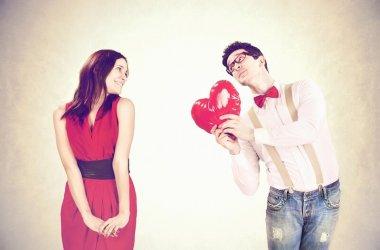 Sevgiliye Hediye Almazsan Ne Olur