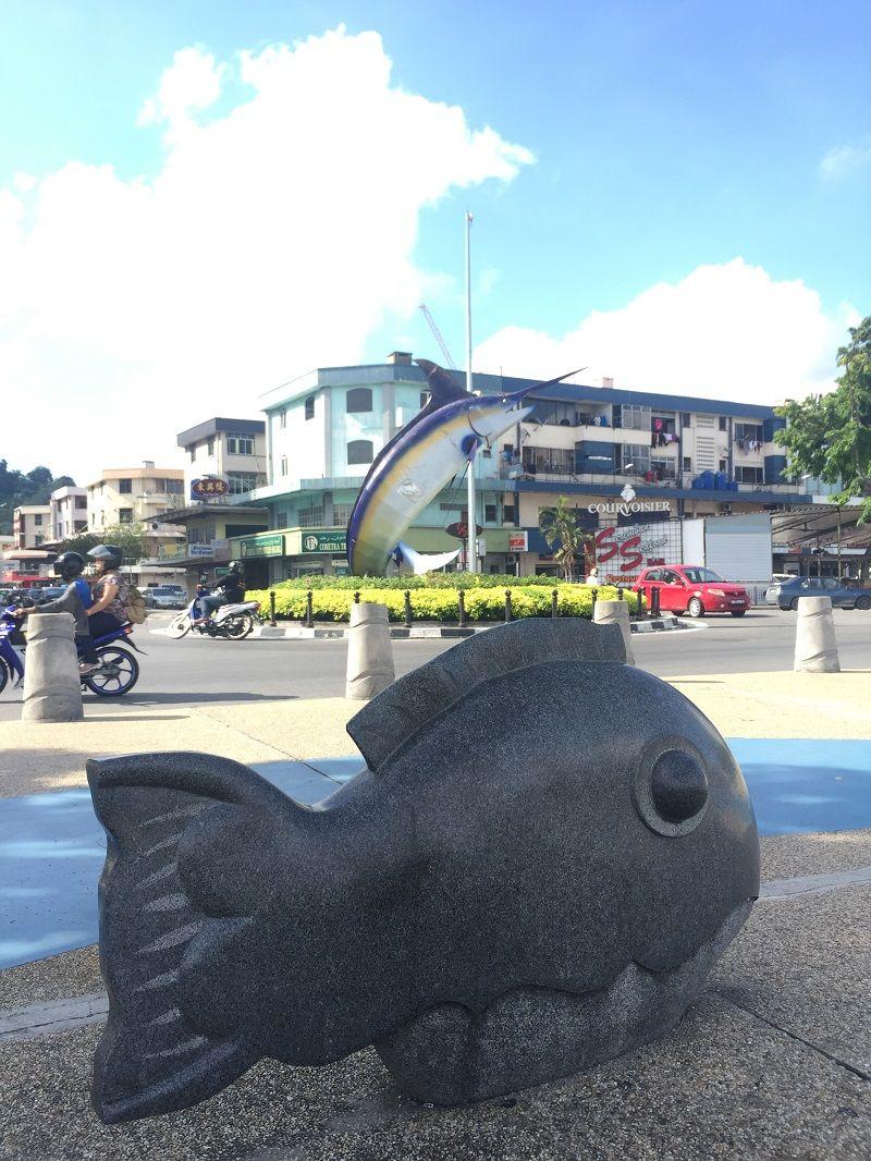 Kota Kinabalu Merlin Heykeli