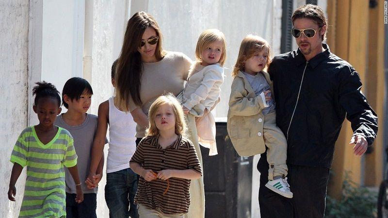 Babalar Günü Ünlü Babalar Brad Pitt