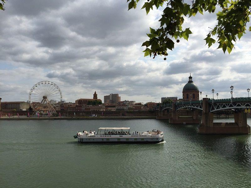 Toulouse Garonne Nehri