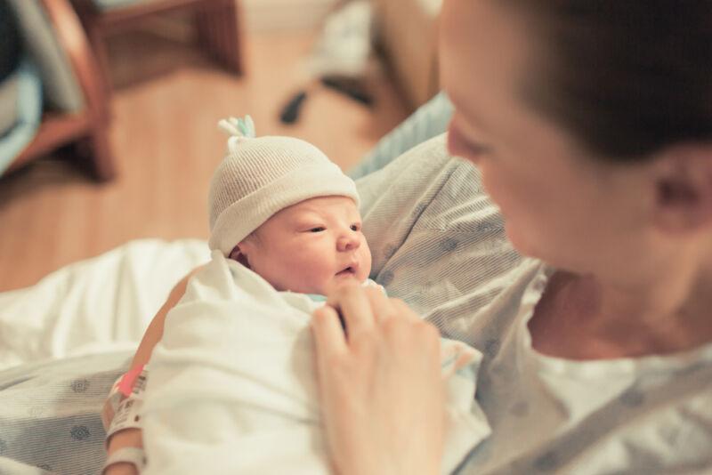 yenidoğan bebek ve anne