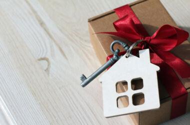 ev hediyesi ne alınır