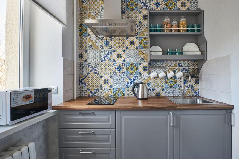 renkli küçük mutfak dekorasyonu